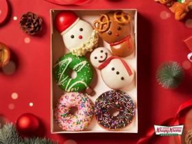 Krispy Kreme 耶誕節買一送一!白巧力聖誕老人、焦糖巧克力麋鹿、抹茶聖誕樹和牛奶卡士達雪人陪你度聖誕!