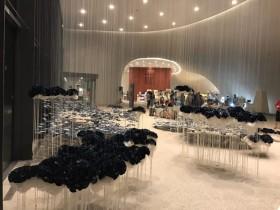 繪本創作躍上台中歌劇院,【光之曲幕】免費耶誕特展登場!歌劇院夜未眠、跨年活動優惠同步開賣!