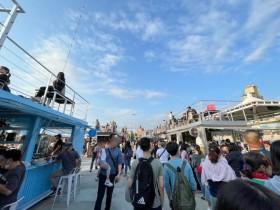 「2021 大稻埕碼頭貨櫃市集」開幕!15 家異國美食、河岸風情,在樂聲中享受閒適假日時光!