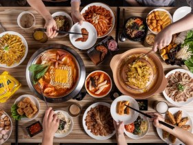 「銅盤烤肉」推出新型態吃到飽!銅盤烤肉、韓式炸雞、火鍋只要399元!四人同行一人免費限時三天!