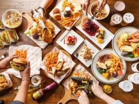 Campus Cafe「外帶自取七折」!豐盛木盆沙拉、道地美式漢堡在家享用!