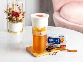 鄉土劇女神投資加持!AirKiss指定奶蓋飲品「女王啵起乃」第2杯10元!