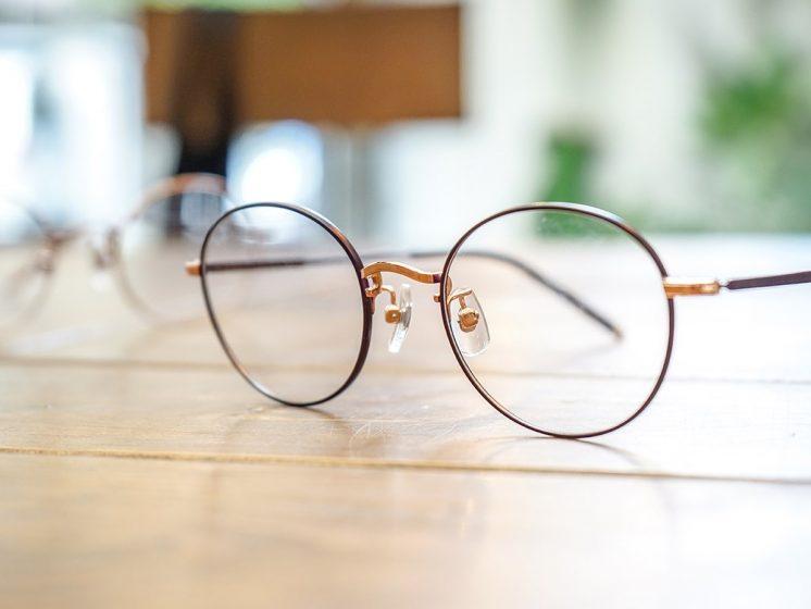 JINS 眼鏡