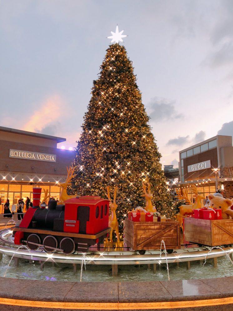 8米聖誕樹和水上幸福列車