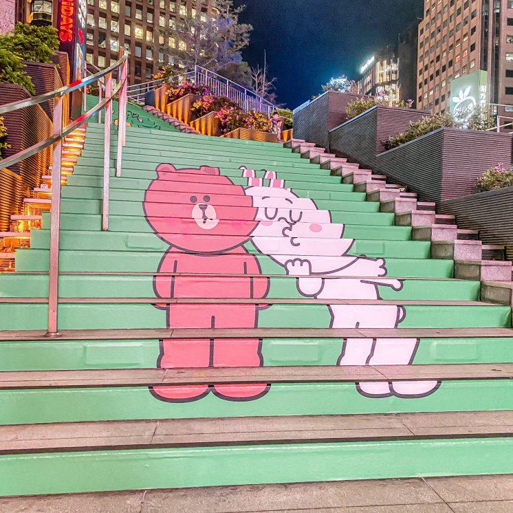 熊大兔兔樓梯