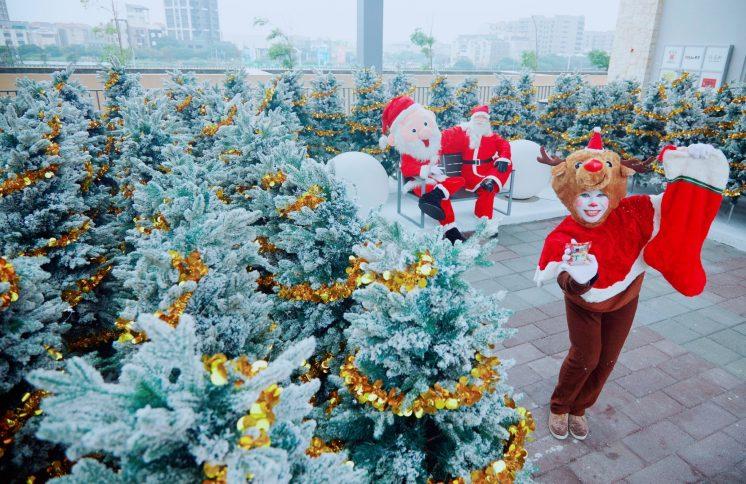 銀白耶誕森林 聖誕老人