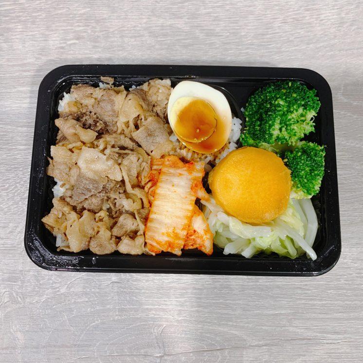 洲子攤家六 泡菜牛丼