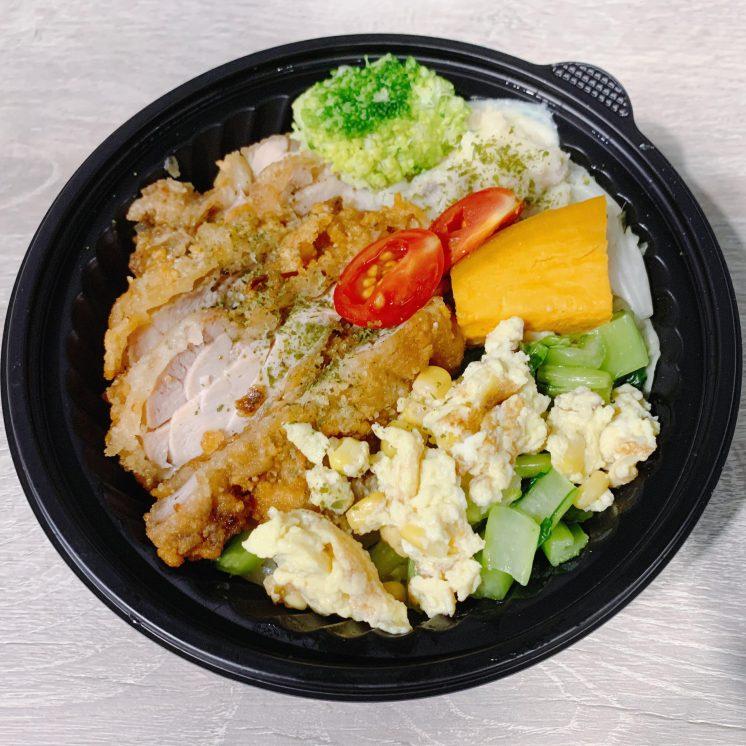 小松泰式咖哩 無骨炸雞飯