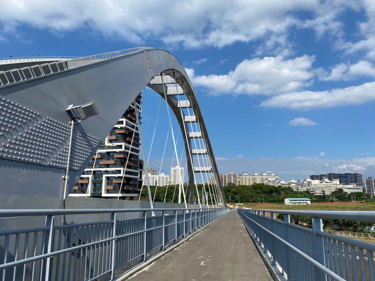 淡海輕軌_藍海橋
