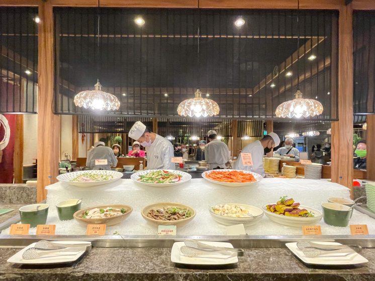欣葉日本料理館前店_中間用餐區附近餐點