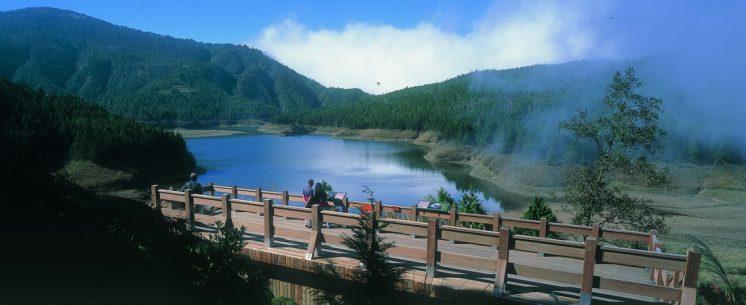翠峰湖畔觀景台