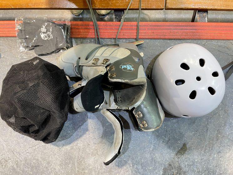 冰上樂園_冰鞋、護具