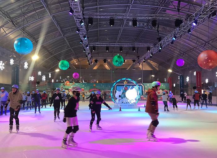 中國信託戶外滑冰場