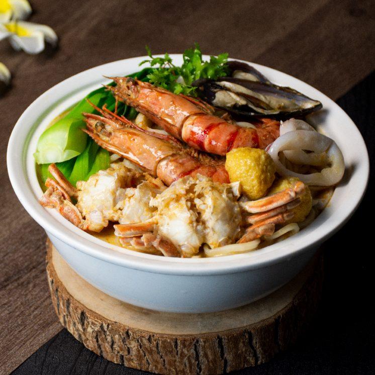 台北六福萬怡酒店:新加坡鮮蝦叻沙麵