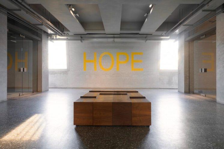 希望:鎌田治朗、卡洛琳・阿萊